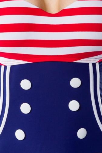 Vintage-Badeanzug mit Knöpfen